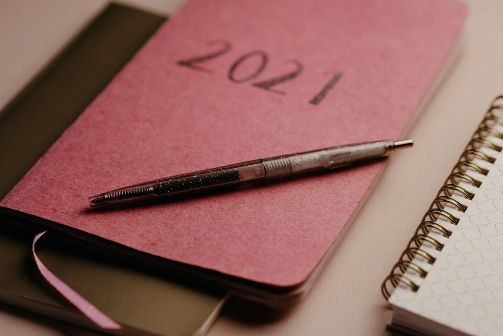A 2021 book and a pen